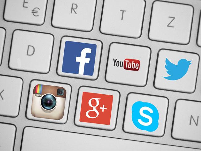 social-media-419944_1280